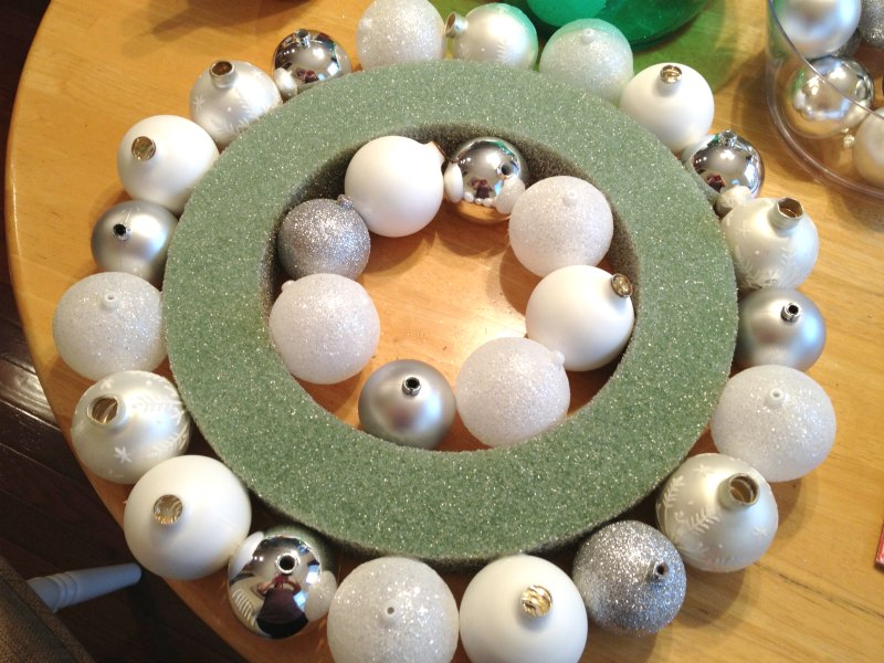 Ornament wreath rows - Two Purple Couches