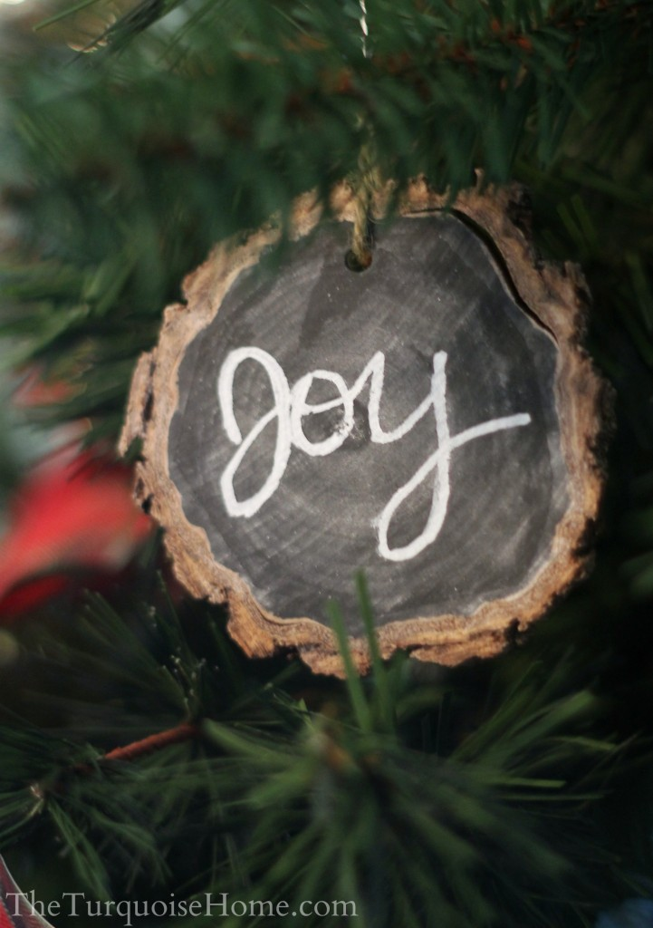 turquoise-home-chalkboard-wood-slice-ornaments