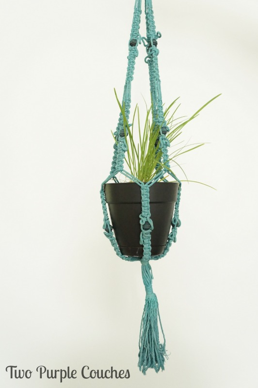 Dyed macrame plant hanger. via www.twopurplecouches.com #fleamarket #upcycle #repurpose #wicker #macrame #swapitlikeitshot