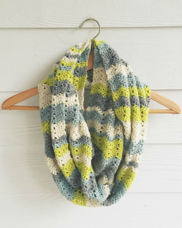Crochet Chevron Infinity Scarf by Lizzie Bella Blog