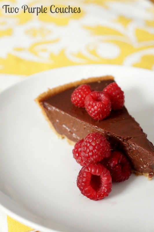 Chocolate Pudding Pie via www.twopurplecouches.com