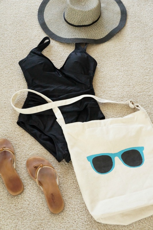 DIY Beach Tote & Beach Essentials. Two Purple Couches for VRAI Magazine