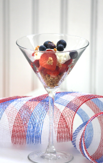 Patriotic Berry & Cheesecake Dessert from LuckyScarf
