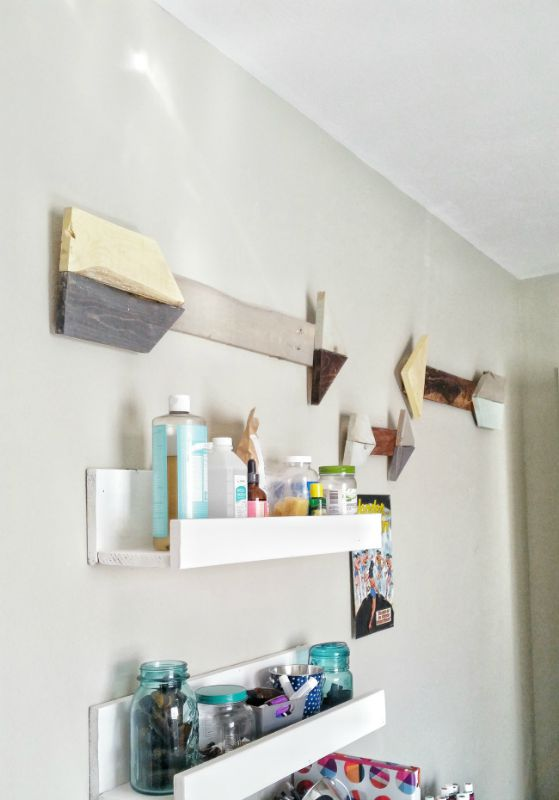 Rustic Pallet Arrows