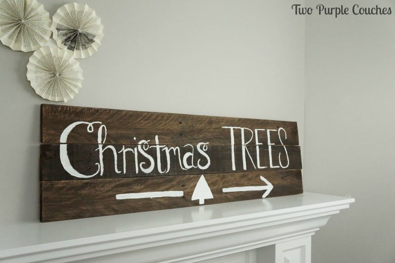 DIY pallet wood sign for the holidays