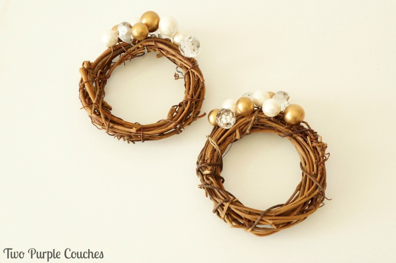 mini grapevine wreath napkin rings