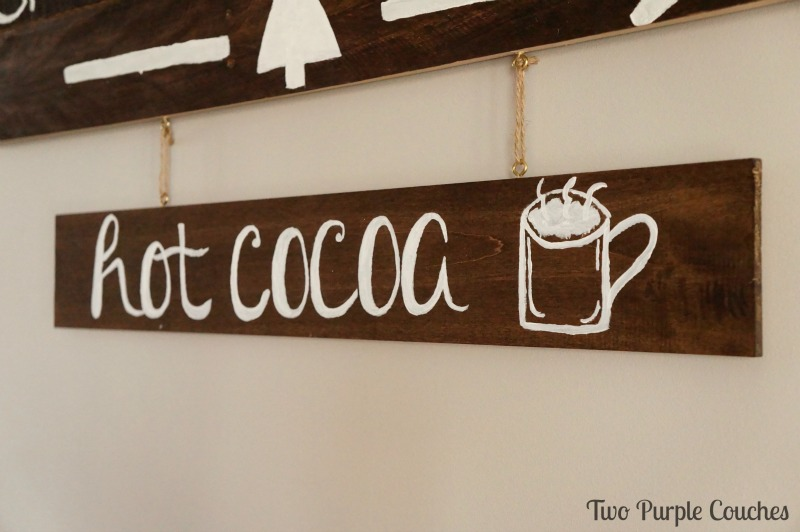 DIY this cute hot cocoa sign for your holiday decor or hot chocolate bar!