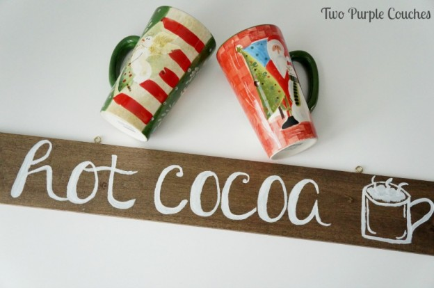 Cute hand-lettered hot cocoa sign