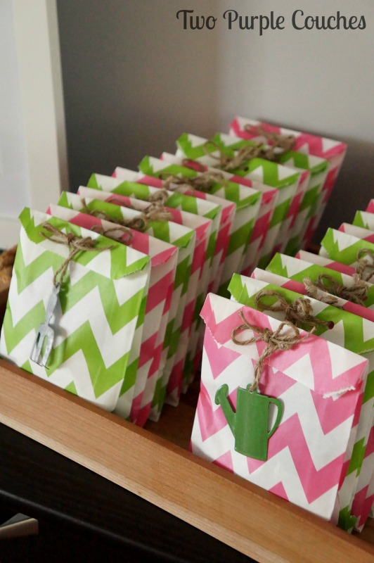 Love these garden-inspired bridal shower favors!
