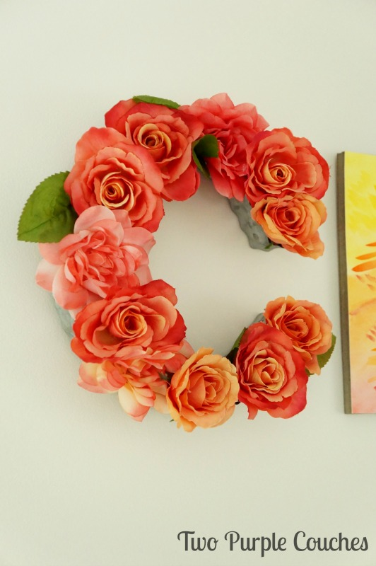 Make your own beautiful DIY floral letter or floral monogram with this easy step-by-step tutorial. These are especially gorgeous as wall decor!