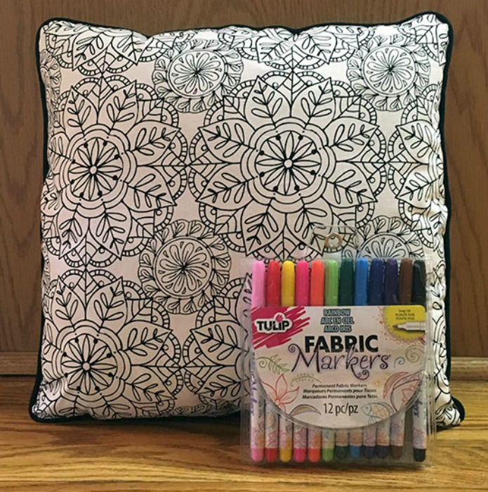 Coloring-page-pillow-cover-tutorial-feature