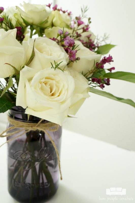 Recycled Jars And A Few Inexpensive Grocery Flowers Make Beautiful Simple Fl Arrangements