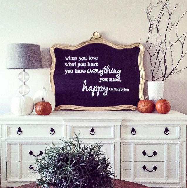 diy-fall-decor-chalkboard-sign