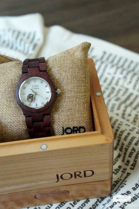 Wood textures + rich purples = this fall's must-have fashion accessory! JORD Wood Watches