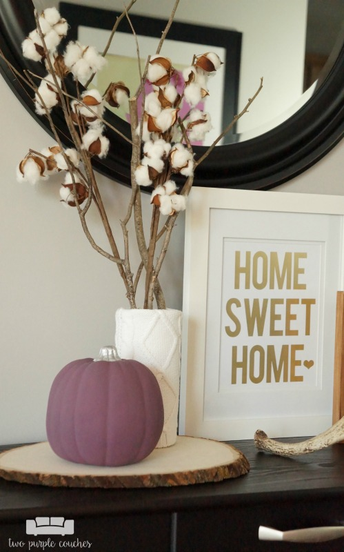 Beautiful, cozy neutral and purple fall home tour is a fresh take on fall decorating. Lots of decor ideas for fall that you can re-create.