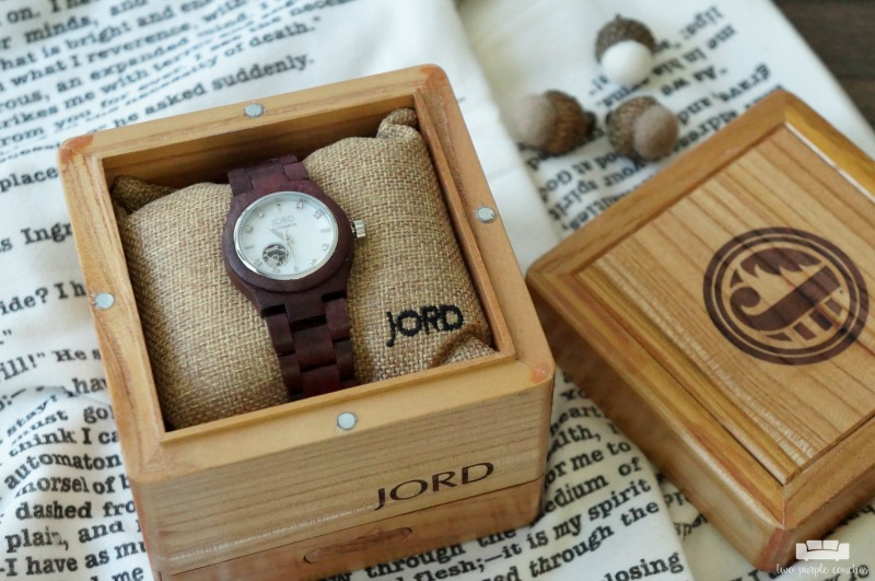 Stunning JORD wood watches make the perfect accessories! Add this fall style staple to your wardrobe now!