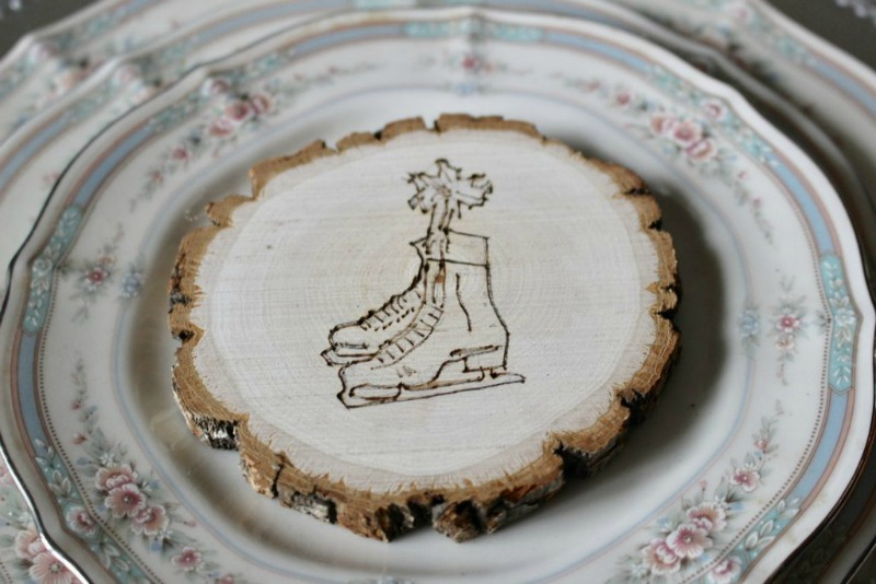 wood-burned-ornament-skates