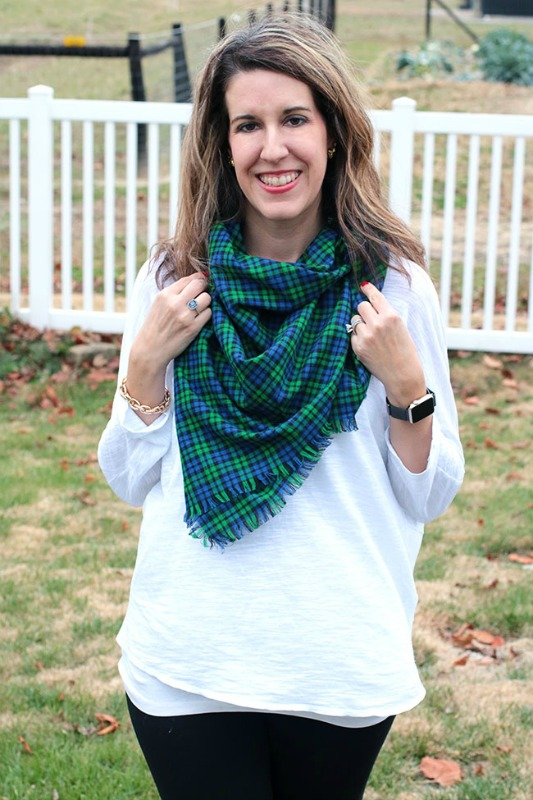 create-your-own-blanket-scarf-curly-crafty-mom