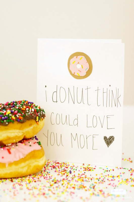 Adorable donut Valentine's card made with washi tape! This would be a really easy craft, and so cute for an anniversary or birthday card!