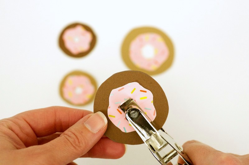 How to make a punny donut Valentine's card with washi tape.