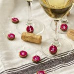 How to make wood slice wine charms. Never misplace your wine glass again! Easy DIY wine charms idea made from wood slices for a rustic touch.