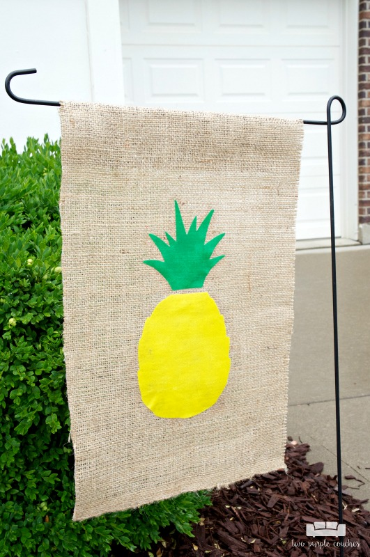 No Sew Pineapple DIY Garden Flag / Learn How To Make This Super Cute  Pineapple