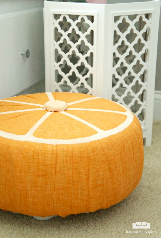 Adorable DIY Fruit Slice Pouf - cute ottoman or tuffet home decor idea for summer.