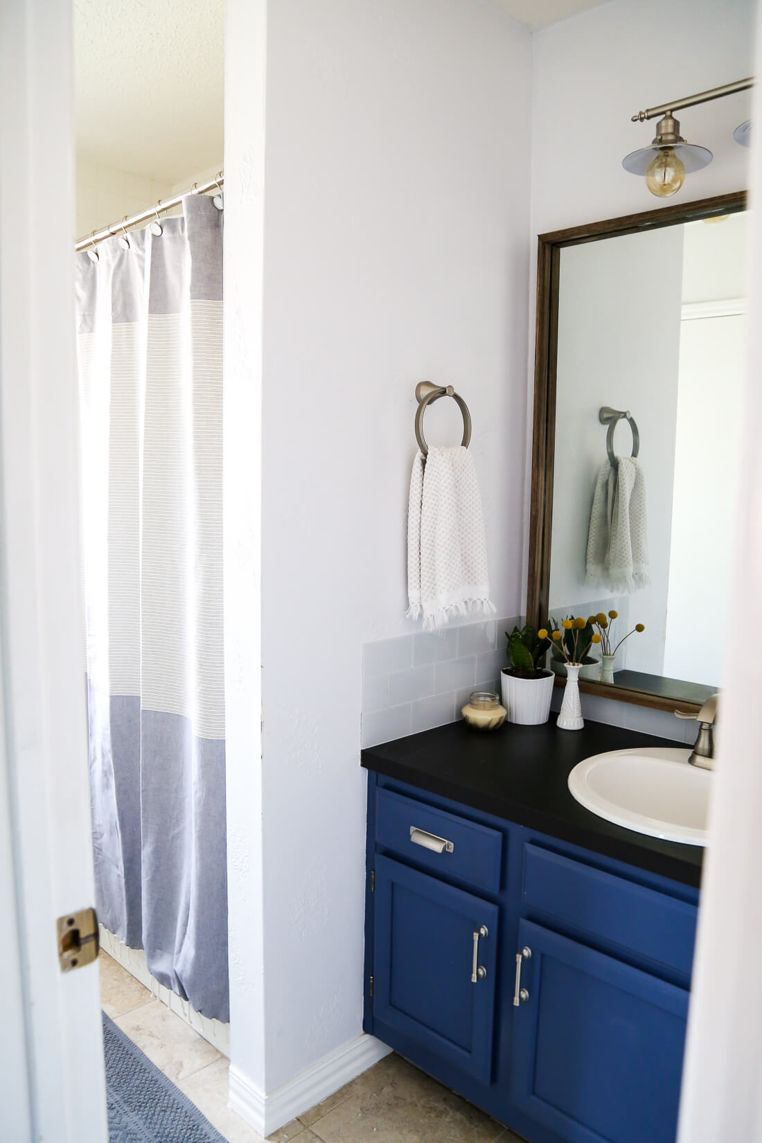 Bathroom updates you can make in a weekend