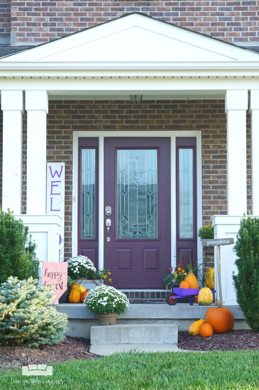 Festive and colorful fall porch decorating ideas.