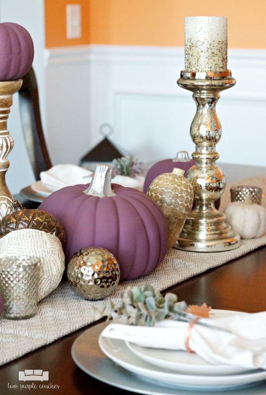 Modern and metallic fall table two purple couches Modern fall table decorations