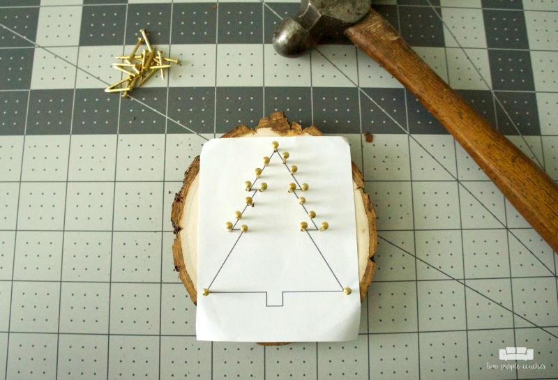 How to make string art ornaments on a wood slice - 2