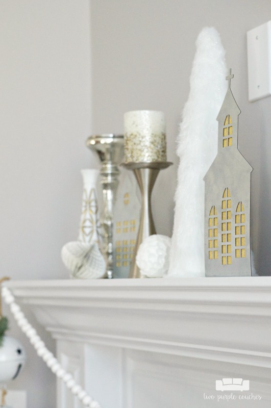 Simple ideas for decorating your mantel for the holidays.