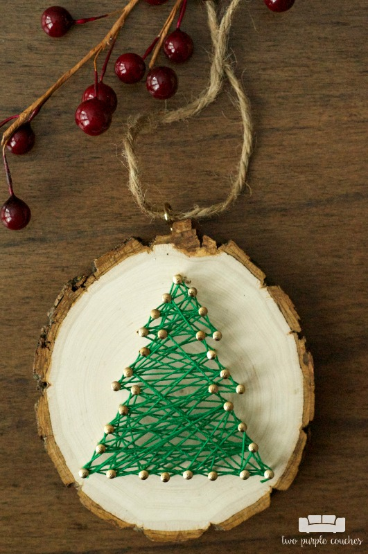 I need to make some of these for the holidays! / Rustic String Art Ornaments
