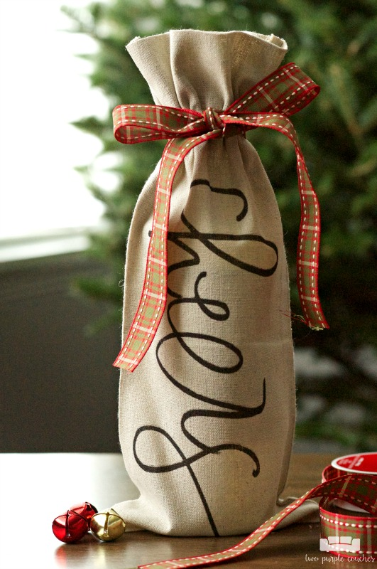 Cute handmade gift idea and hostess gift idea for the holidays!