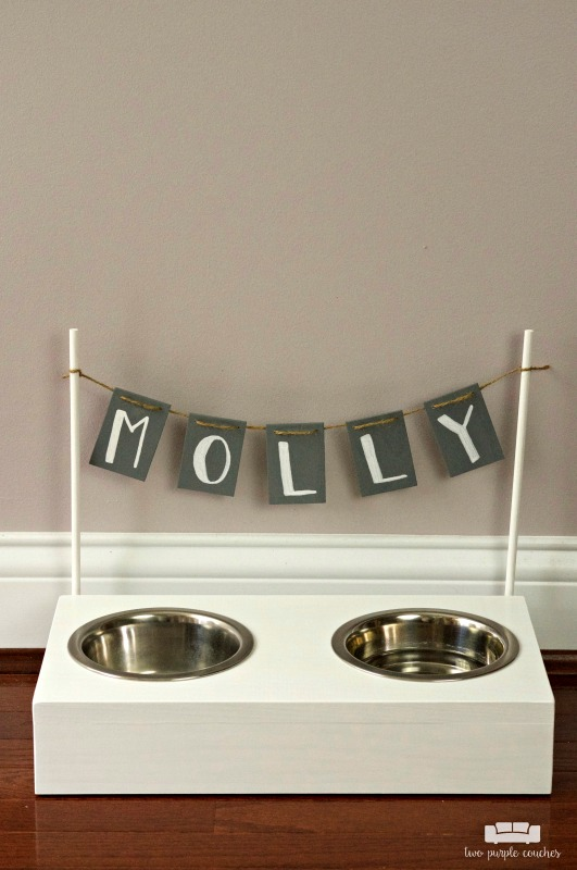 Love this simple DIY project idea to build your own dog bowl stand
