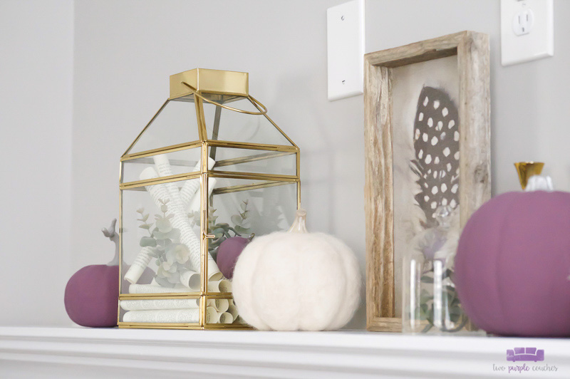 Simple Autumn Mantel Decorating Idea