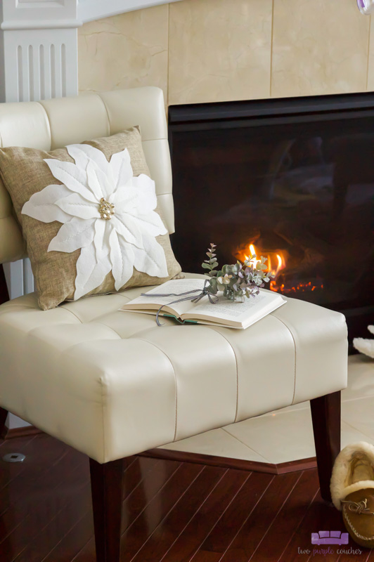 Modern Christmas mantel and fireplace decorating