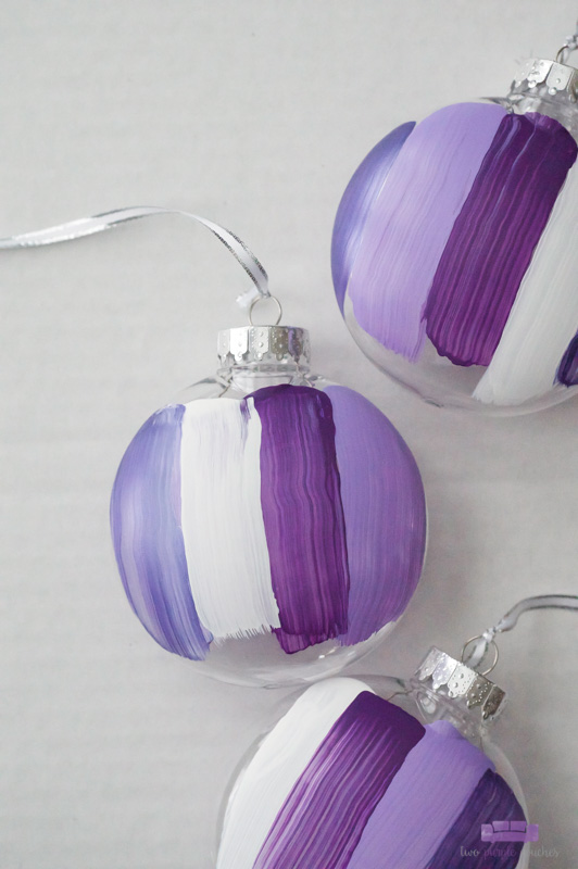 DIY Brush Stroke Ornaments - modern, abstract ornaments for Christmas decorating