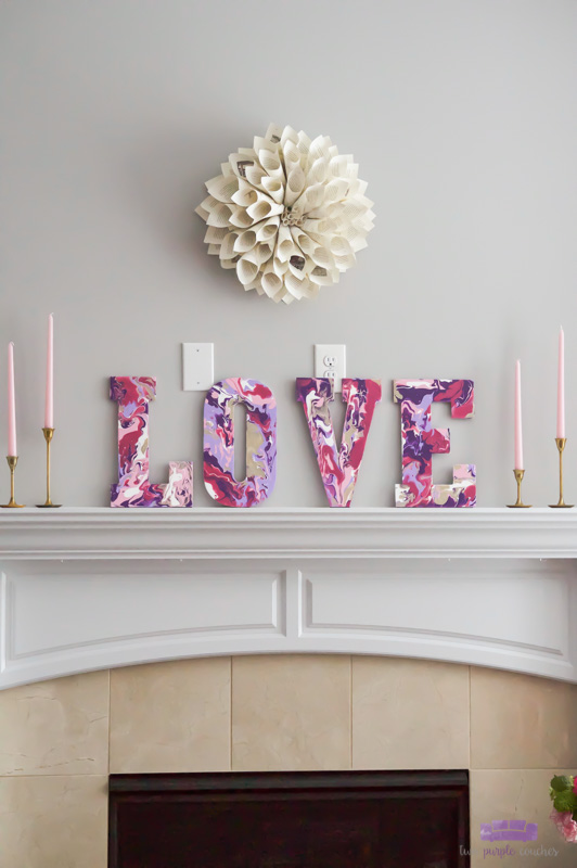 Valentine Mantel decorations